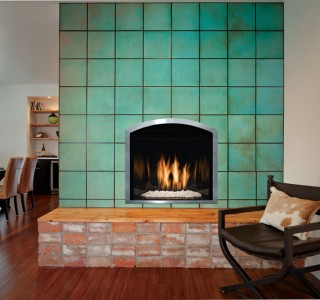 Sone detail wall with fireplace