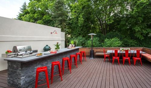 Modern Outdoor Setting